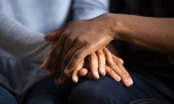 cómo ayudar a alguien con ansiedad y angustia